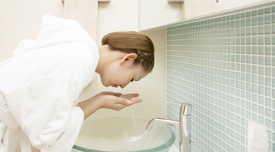 日常生活洗脸的美白秘方